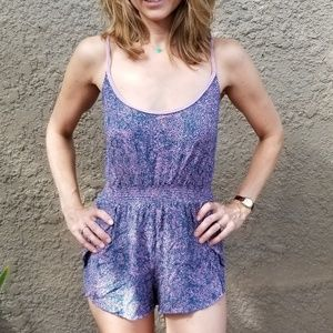 Light and sweet purple romper